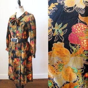 Vtg 70s Gucci-esque Japanese Floral Retro Dress